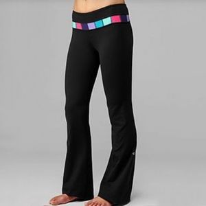 Lululemon Reversible Groove Pant (Tall) *Luon in Quilting